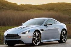 Aston Martin V12 2011