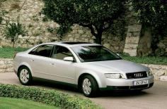 أودي A4 2001