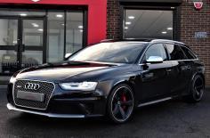 أودي RS4 2015