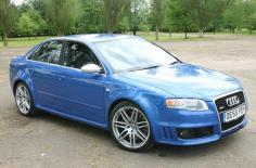 أودي RS4 2006