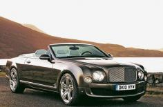Bentley Azure 2011