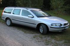 فولفو V70 2002